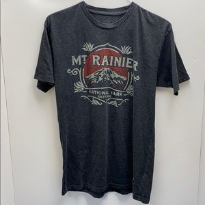 Mount rainier T-shirt. National Park estp 1916
